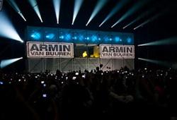 Armin van Buuren - 33 клипа + Бонус (2001-2009/Trance/DVDRip)